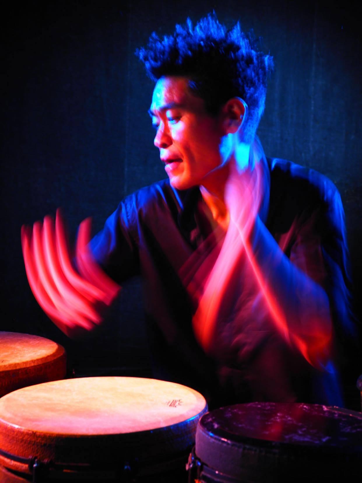 Percussion : 辻コースケ