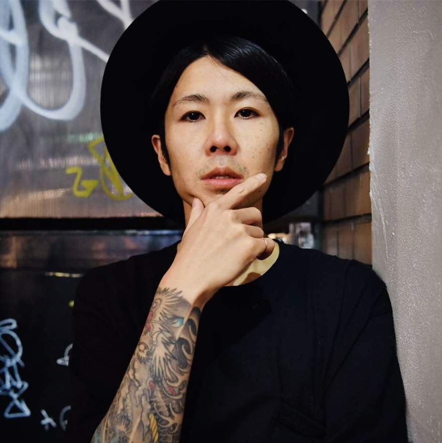 DJ: AKIRA KAWARAZAKI